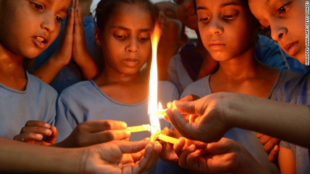 Dozens of Indian school children poisoned