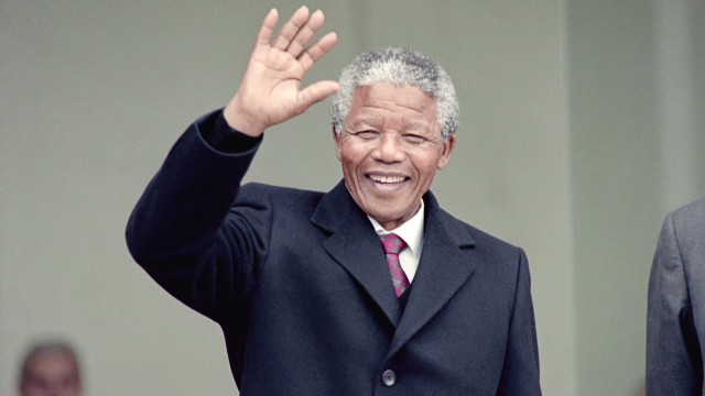 Amanpour celebrates Mandela's birthday