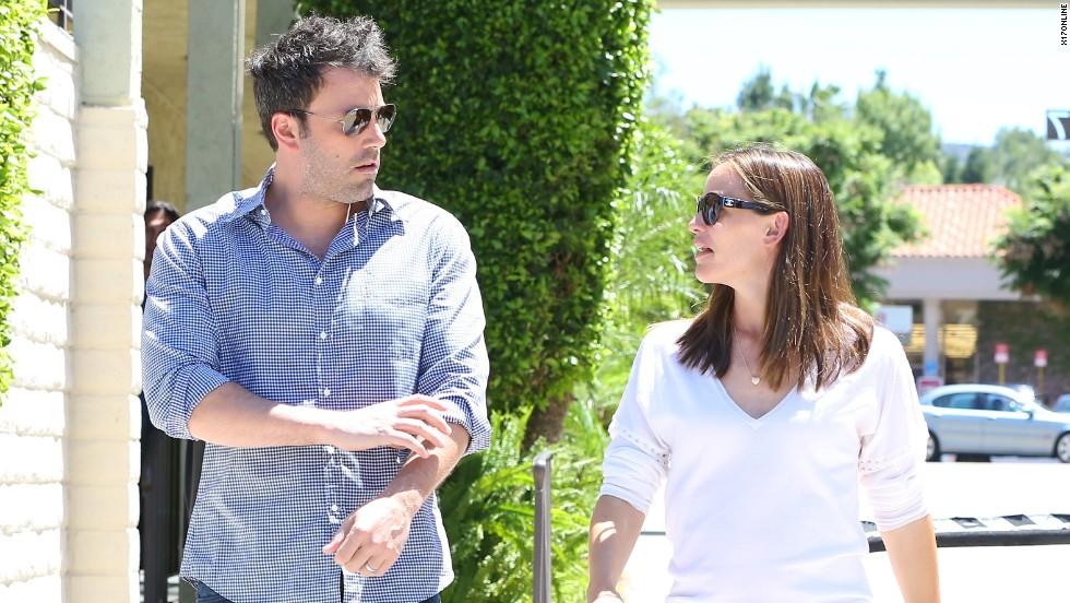 Ben Affleck and Jennifer Garner do a walk and talk in Los Angeles on July 16.