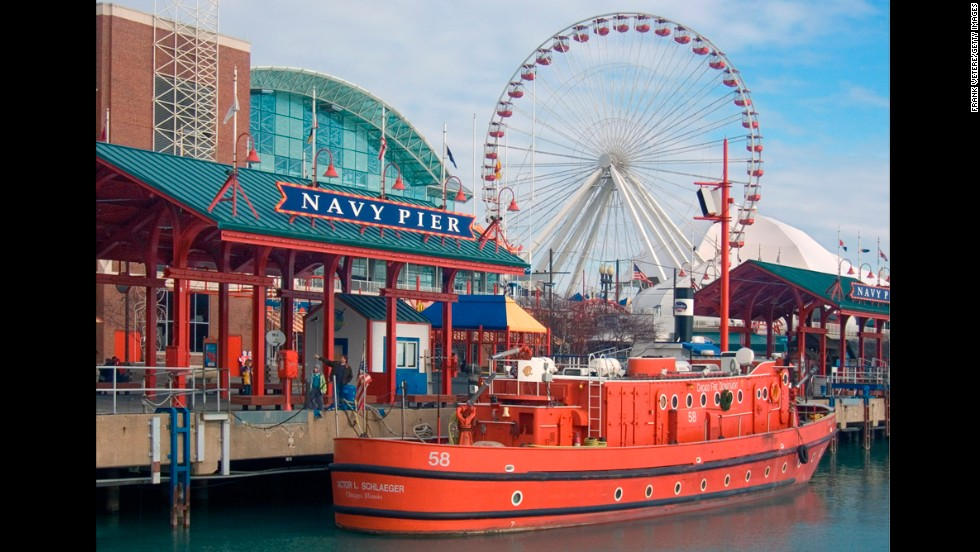 The Navy Pier has many family fun attractions, but the Ferris wheel is definitely a favorite. Carrying 240 people total in rotations of seven minutes, the wheel offers views of Chicago and Lake Michigan.
