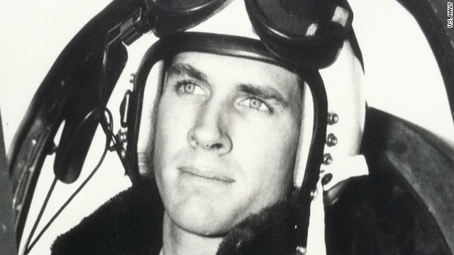 Thomas Hudner deliberately crashed his plane near Brown's to try to save him.