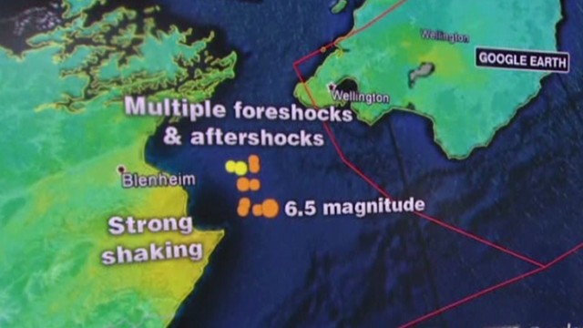 cnni mann new zealand quake _00005809.jpg