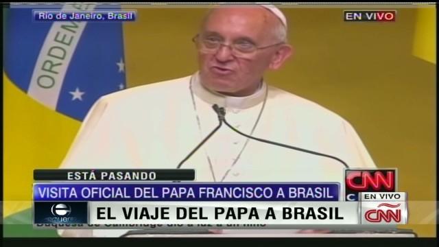 cnnee pope speech in brasil_00012128.jpg