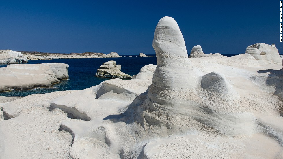 This Cycladic island, sixth among the European top 10, is where the Venus de Milo statue was discovered.
