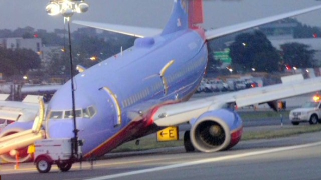 NTSB: Southwest jet landed nose first