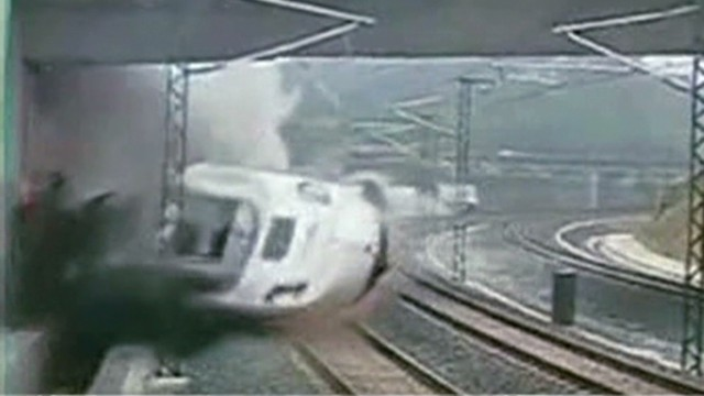 ac deadly train crash in spain_00001209.jpg
