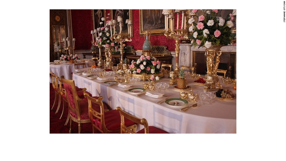 The Coronation State Banquets are recreated with the original china and silver laid out. Visitors can also see the menu and the original seating plan.