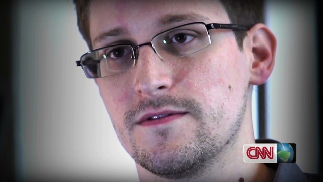 Snowden continues to wait for asylum