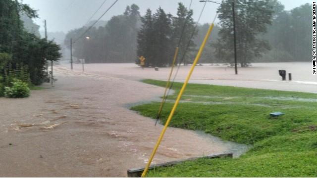 Heavy rain floods North Carolina counties