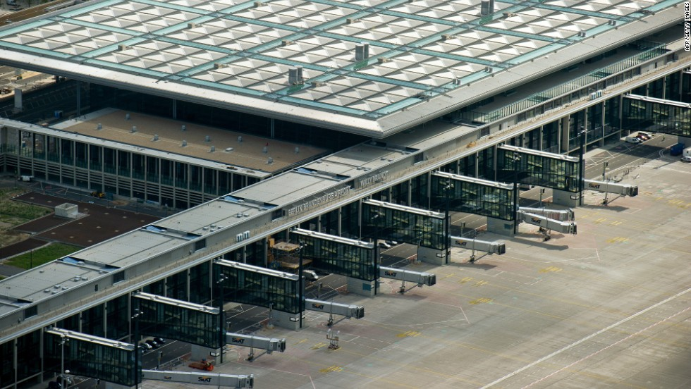 Operations at the airport are slated to begin some time in 2014. It will become the third busiest airport in Germany.