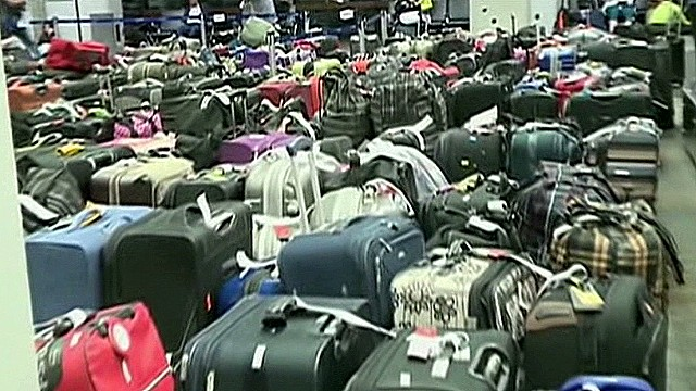 Luggage stolen after Asiana plane crash