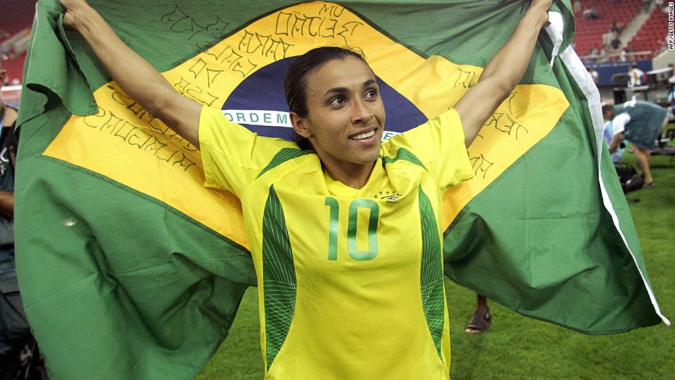 Marta has been an inspiration to young Brazilian girls who want to play football. At the age of 14 she was invited to join Vasco de Gama in Rio de Janeiro where she began to play with the girls' team and establish herself as the nation's most promising female player.