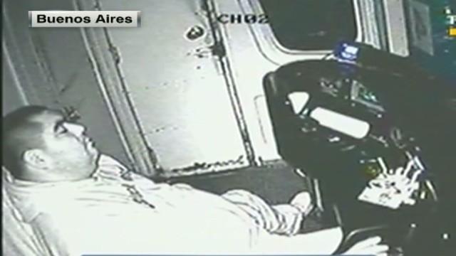 cnnee montero argentina train driver sleeps_00005528.jpg
