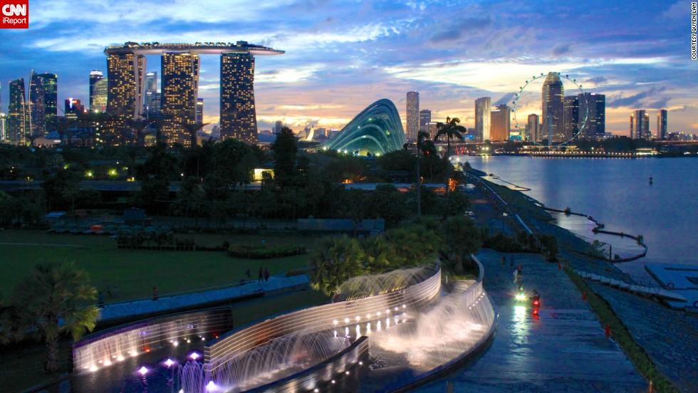 "<a href=""http://ireport.cnn.com/docs/DOC-941405"">Quyen Lam</a> captured this image of dusk in Singapore during a July 2011 vacation."
