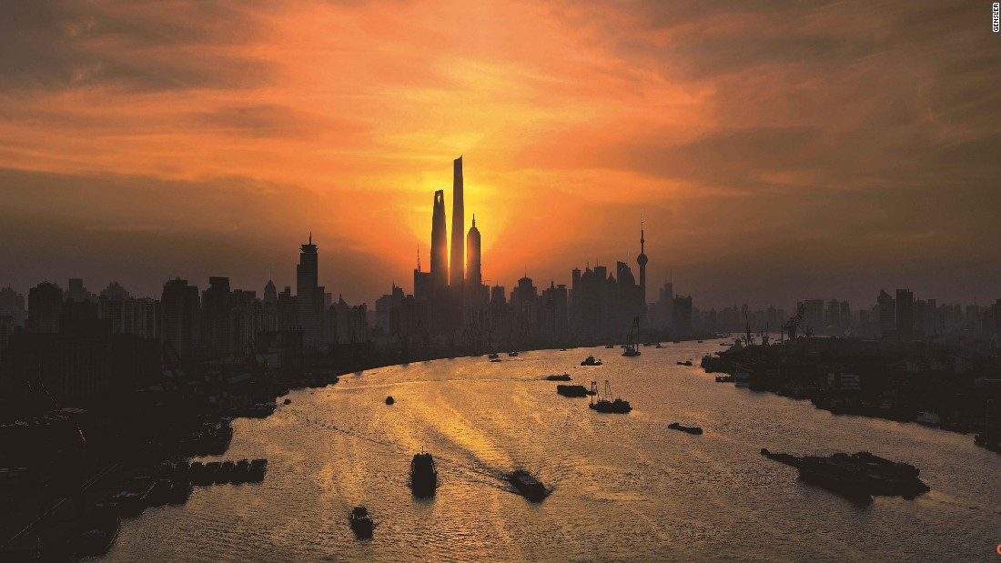"Completed in 2015, Asia's tallest building surpasses the Shanghai World Financial Center and the Jin Mao Tower in Shanghai's Pudong district. Estimated to cost<a href=""http://www.ft.com/cms/s/2/2b681036-4d17-11e3-bf32-00144feabdc0.html#axzz3xi9b3gIT"" target=""_blank""> $2.4 billion</a>, its completion marked the end of a project in the financial district stretching back to 1993.<br /><br /><strong>Height: </strong>632m (2073ft) <strong><br />Floors:</strong> 128<br /><strong>Architect: </strong>Jun Xia, Gensler<br />"