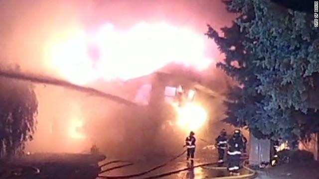 newday dnt pereira idaho burning house collapse_00003019.jpg