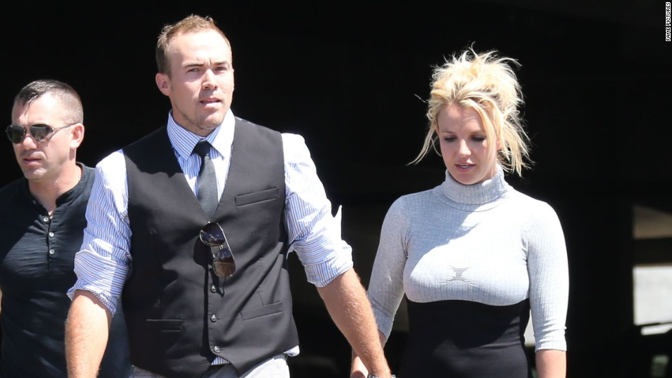 Britney Spears and her beau David Lucado attend religious services in Thousand Oaks, California on August 4.