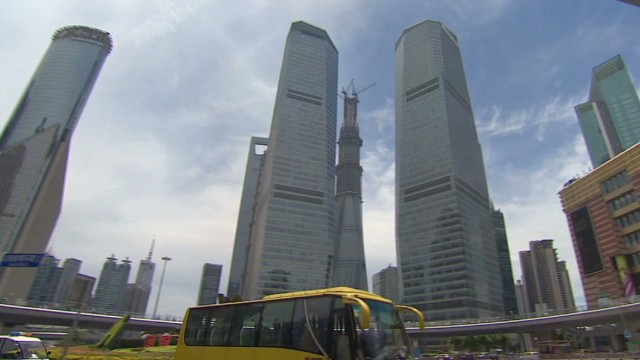 mckenzie china skyscraper fall hard_00000913.jpg