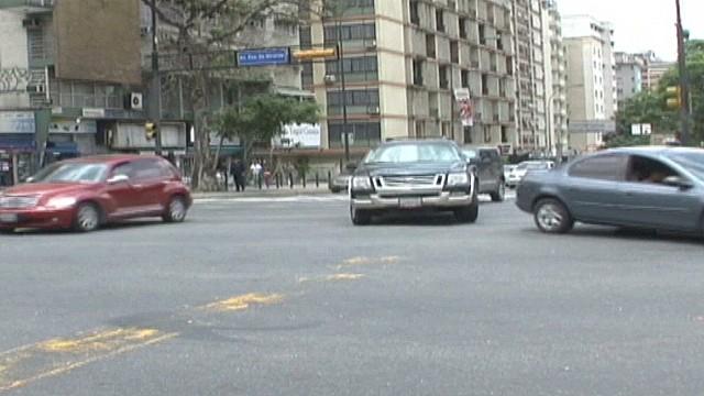cnnee hernadez venezuela car sales law_00003904.jpg