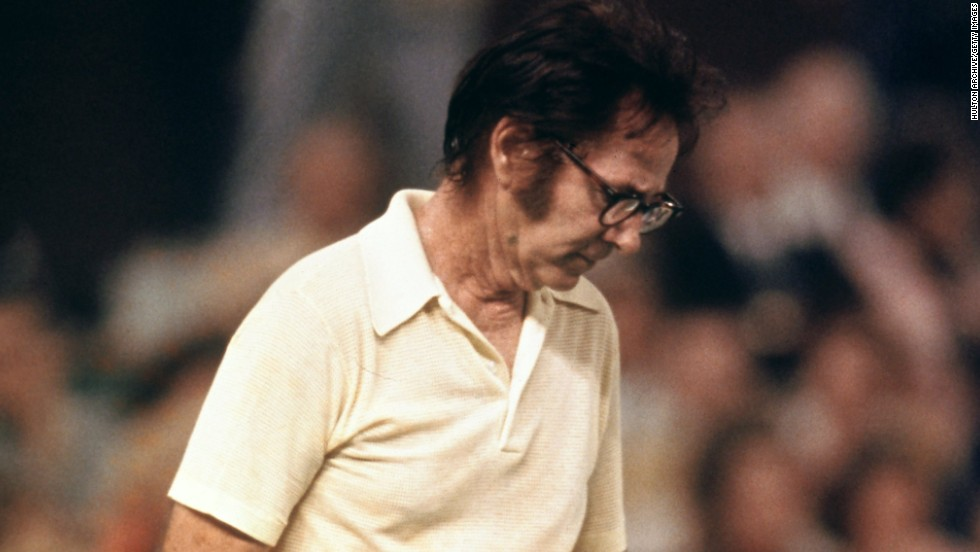 Riggs, then retired and aged 55, had made a fortune gambling on his own matches during his career, and had beaten Margaret Court before playing King. He lost in straight sets.