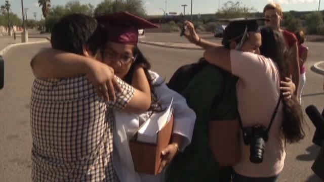 Feds release Arizona 'Dreamers'