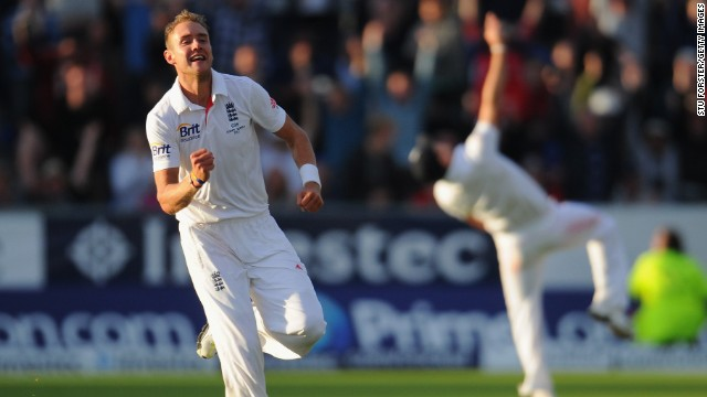 Moment of triumph: Stuart Broad celebrates after James Anderson catches Peter Siddle to end the Australian innings.