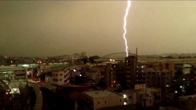 vo japan lightning train_00001127.jpg