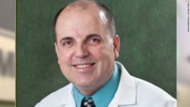 Feds: Doctor scammed cancer patients