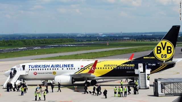 From Manchester United to Borussia Dortmund, Turkish Airlines has aligned itself with successful football teams, and other airlines have followed suit.