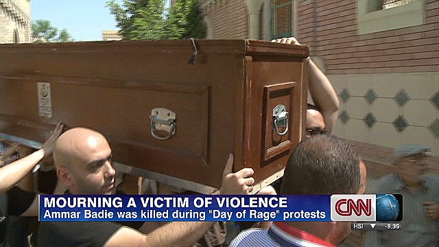 Mourning a victim of Egyptian violence