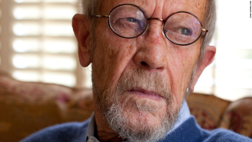 "Award-winning crime writer Elmore Leonard, whose stories and novels went on to become films such as ""3:10 to Yuma,"" ""Get Shorty,"" and ""Jackie Brown,"" died August 20, his literary agent Jeffrey Posternak said. He was 87."