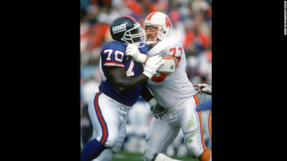 "Tom McHale of the Tampa Bay Buccaneers, right, died in 2008 <a href=""http://www.cnn.com/2009/HEALTH/01/26/athlete.brains/index.html"">of an apparent drug overdose</a> at the age of 45."