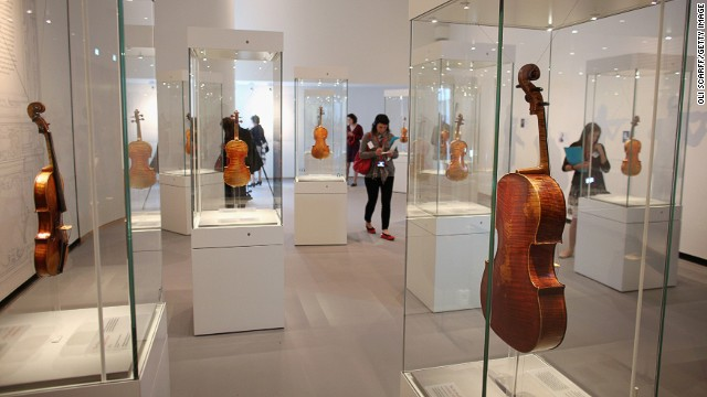 Is this really the best way to appreciate a Stradivarius?
