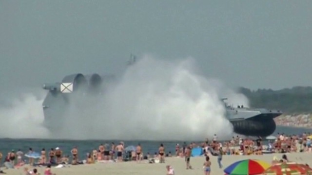 exp russia navy hovercraft lands on beach _00003828.jpg