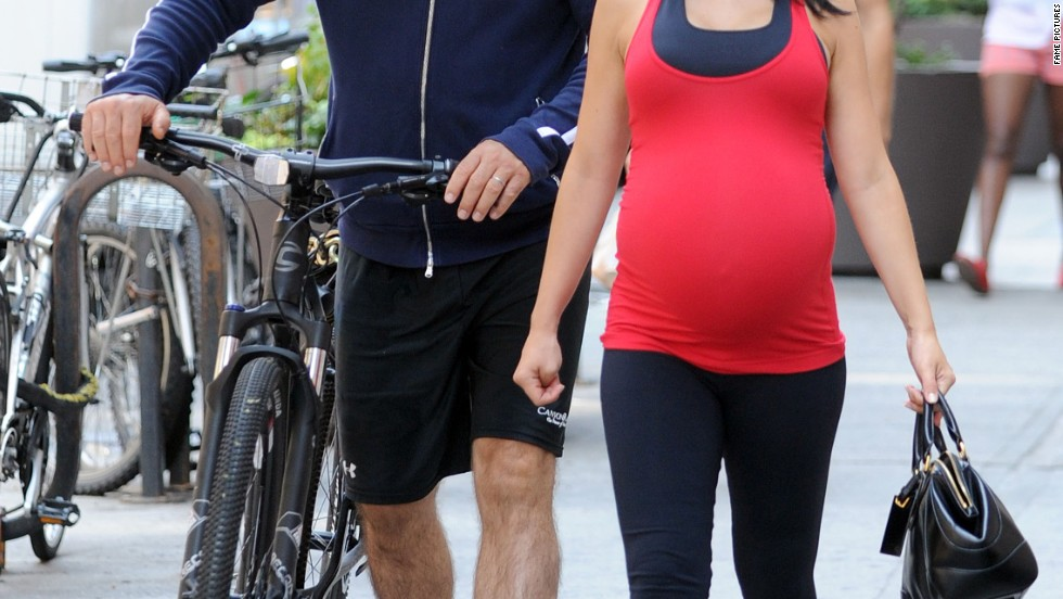 Alec and Hilaria Baldwin fit in a workout in New York City on August 21.