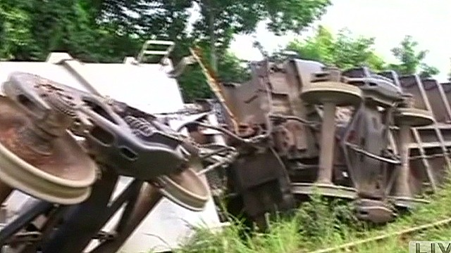 Mexican train derailment kills 5