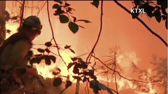 exp newday valencia yosemite fire_00002001.jpg