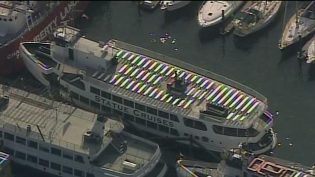 raw aerials of Liberty Island ferry crash_00001519.jpg