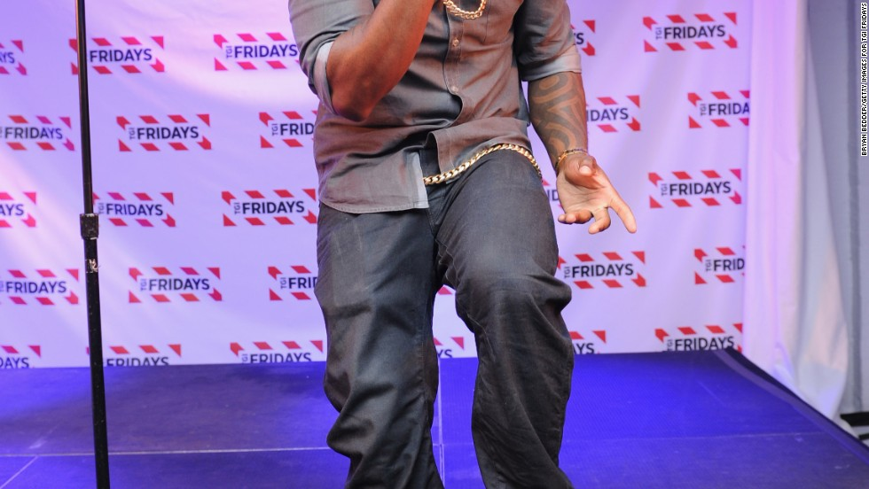 Ne-Yo performs at TGI Fridays Red Hot Summer of Music Competition in New York City on August 28.