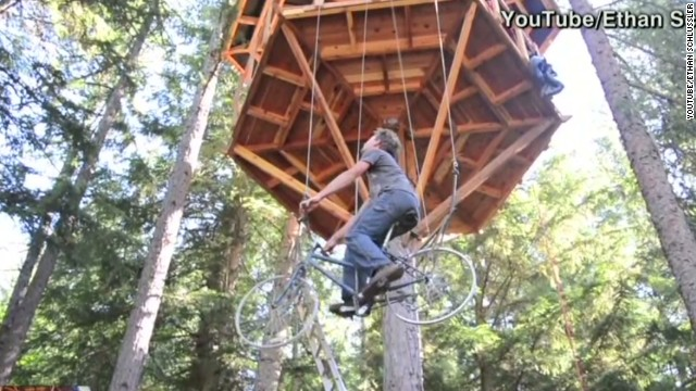 newday vo bicycle powered tree house elevator_00001210.jpg