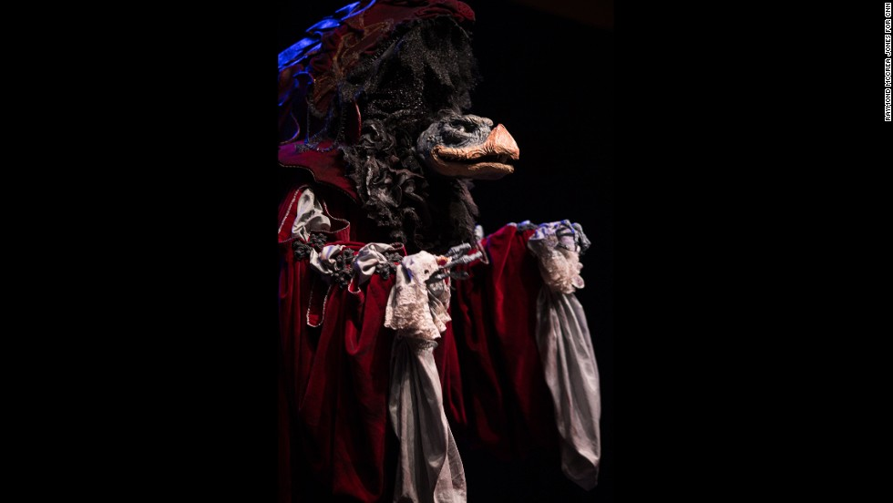 "Tawnya Hicks-Letts wins Best Overall as Skeksil, of the Skeksis, from ""The Dark Crystal."""