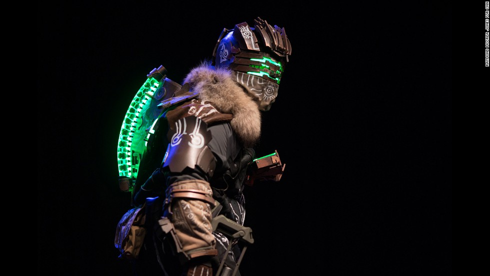 """This participant dressed up as Isaac Clarke in his Witness suit from the video game """"Dead Space 3."""""""