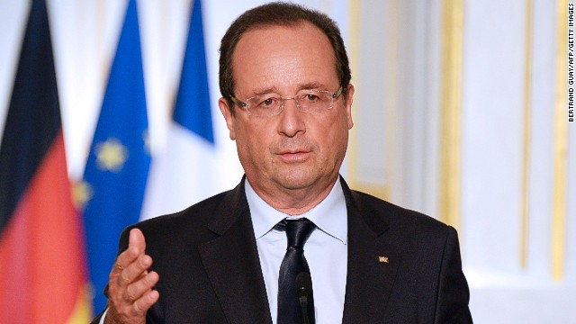 French President Francois Hollande speaks during a press conference after a meeting with German counterpart Joachim Gauck (unseen) at the Elysee presidential palace in Paris on September 3, 2013.
