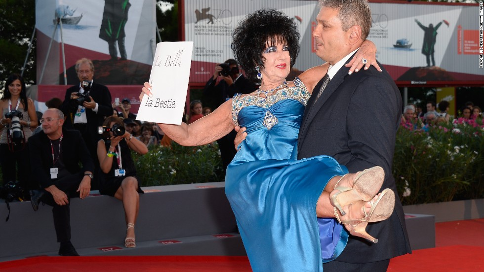 """Italian actress Valeria Solarino attends the """"L'Intrepido"""" premiere dressed as Elizabeth Taylor at the Venice Film Festival on September 4."""