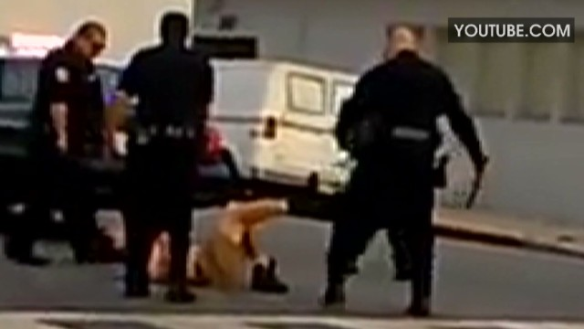 jvm long beach police beating investigation_00024324.jpg