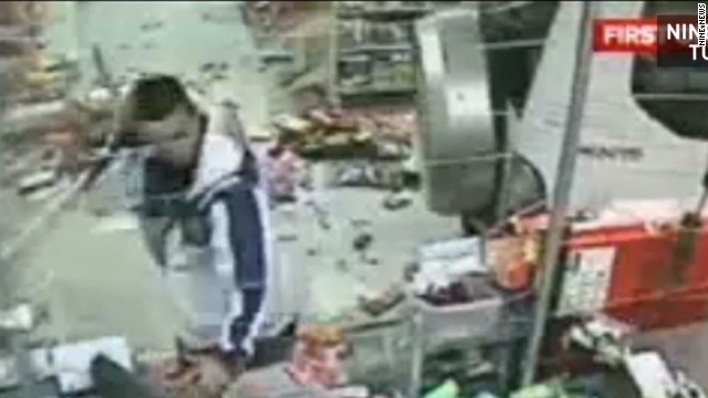 mxp vosot australian gas station crash_00002221.jpg