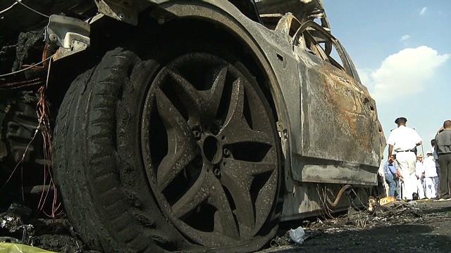 egypt cairo car bomb penhaul_00002026.jpg