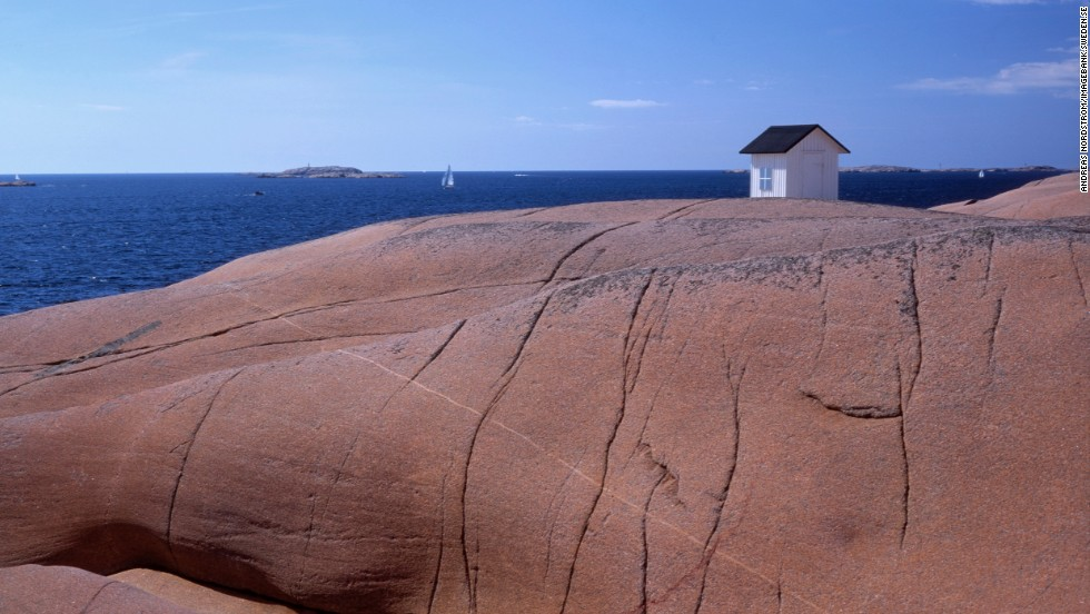 Many of Bohuslän's islands are uninhabited, although you'll find the odd Swede on some of them. Maybe odd in more senses than one in this case ...