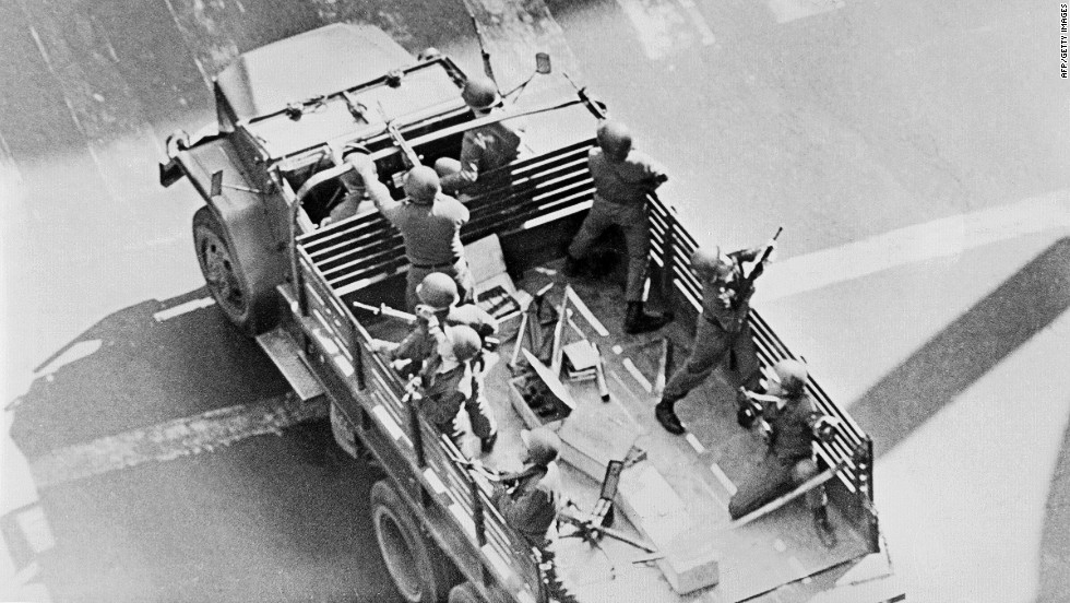 Chilean soldiers patrol the streets in Santiago on October 4, 1973.