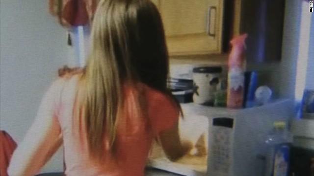 pkg teens put kitten in microwave_00003915.jpg